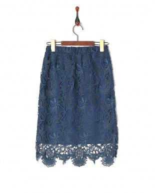 ブルー モチーフレーススカートを見る