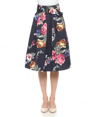 ネイビー ソフトグログラン花柄スカートを見る
