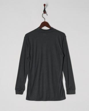 チャコールグレー 蓄暖 ポケット付き ハイネック長袖シャツを見る