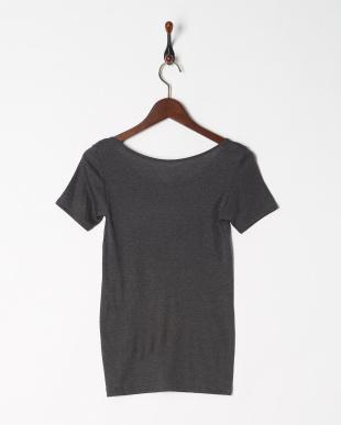 チャコールグレー 暖かくてムレにくい 保温性×通気性 3分袖シャツを見る