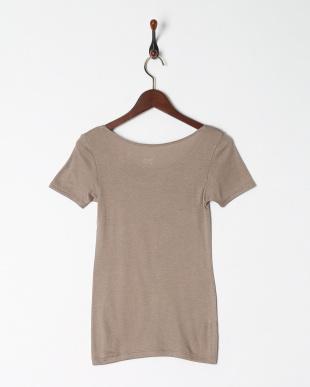 グレージュ 暖かくてムレにくい 保温性×通気性 3分袖シャツを見る