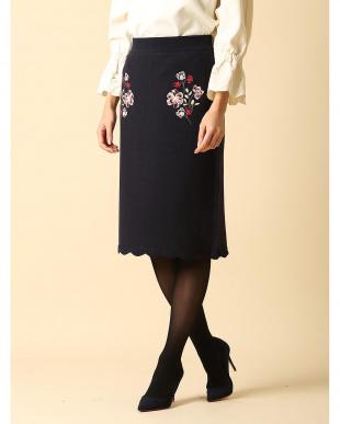 オフホワイト1 フラワー刺繍ニットスカート ef-de見る