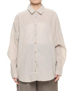 ベージュ  楊柳コットンデザインシャツを見る