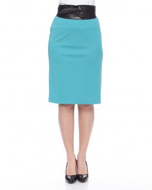グリーン サッシュベルト付きタイトスカートを見る