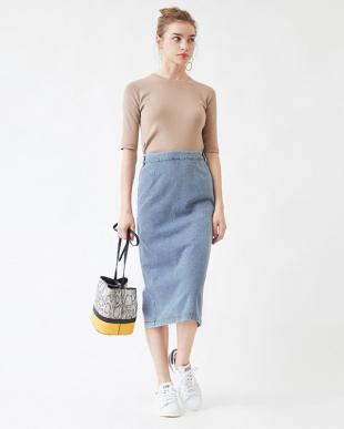 カーキ バックゴムタイトスカートを見る