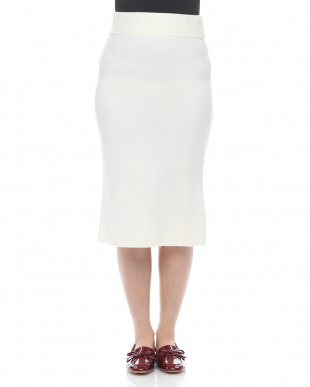 ブラック ウールカシミヤタイトスカートを見る