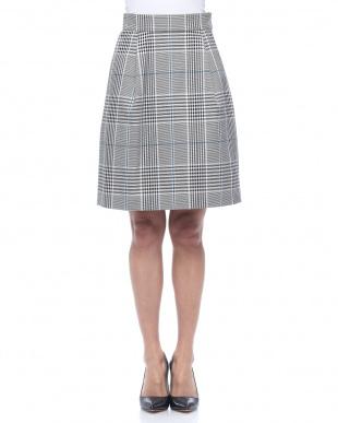 ブラック 高密度チェックタイトスカートを見る