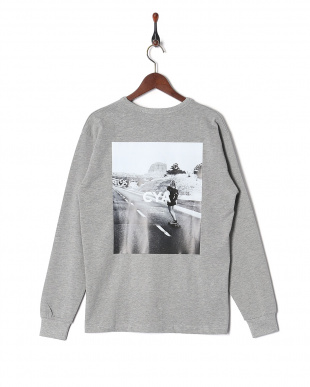 グレー LONG SLEEVE T-SHIRTS BACK PRINTを見る