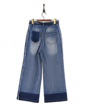 BLUE パンツを見る