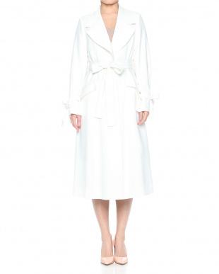 オフホワイト 袖リボンスプリングコートを見る