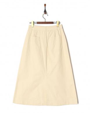 オフホワイト スカートを見る