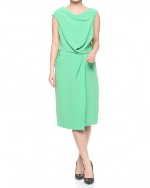 グリーン 婦人服を見る