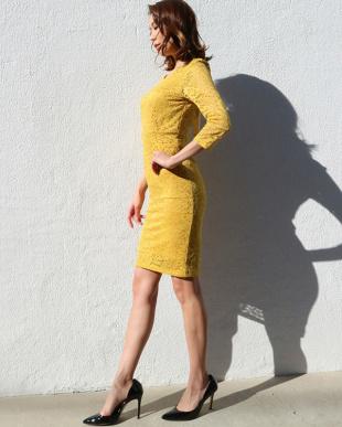 マスタード バックリボンジャージーレースドレスを見る