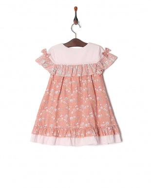 ピンク 小花プリントジャンパースカートを見る