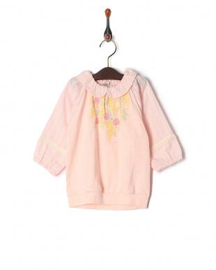 ピンク 七分袖Tシャツを見る