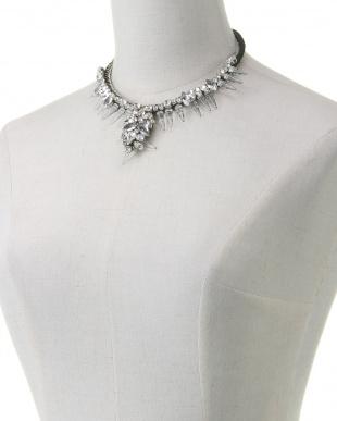 00A ネックレスを見る