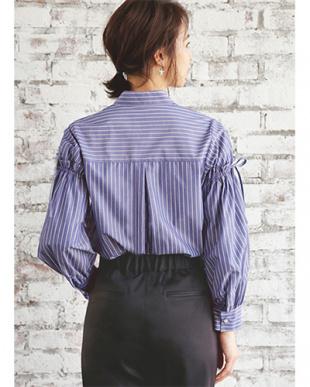 ネイビーミックス シワ軽減◆デザインスリーブストライプシャツを見る