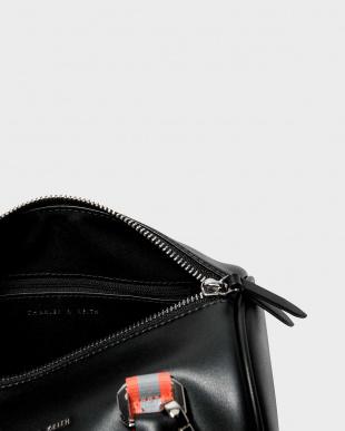 Black ネオンストラップ ディテール ダッフルバッグ / NEON STRAP DETAIL DUFFEL BAGを見る