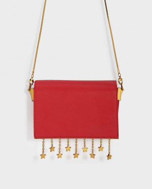 Red チェーンディテール クロスボディバッグ / CHARM DETAIL CROSSBODY BAGを見る