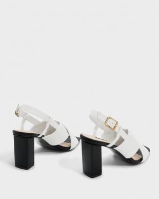 White  クリスクロススリングバックサンダル / CRISS CROSS SLINGBACK SANDALSを見る