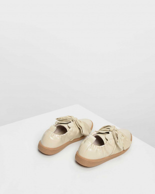 Cream ノットボウ スニーカー / Knotted Bow Sneakersを見る