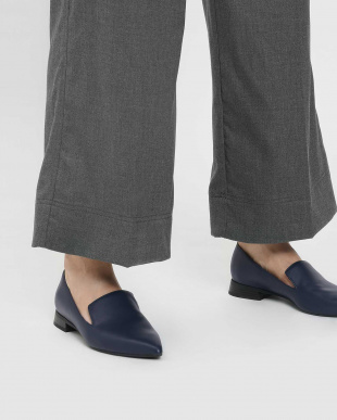 Dark Blue クラシックポインテッドローファー / Classic Pointed Loafersを見る
