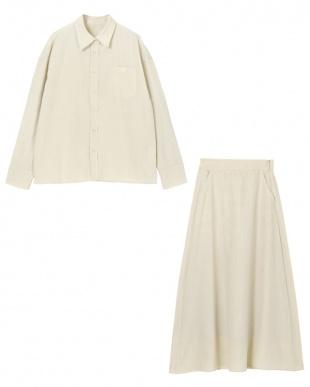 ベージュ リネンライクシャツ×スカートセットアップを見る