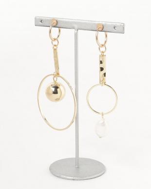 Gold  Ball Swing Earringを見る