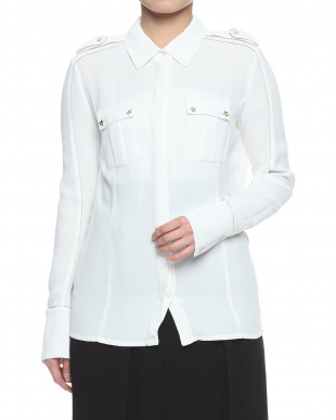 ホワイト  blouseを見る