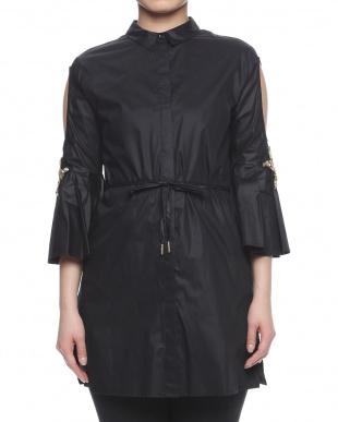 ブラック  blouseを見る