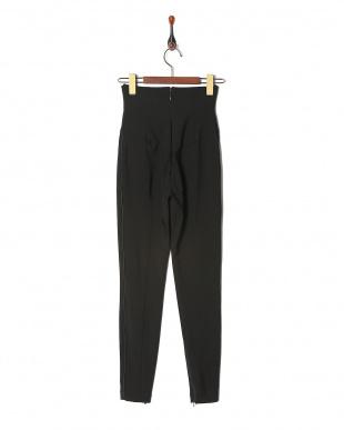 ブラック  trousersを見る