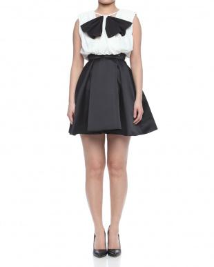 ピンクベージュ/ホワイト dressを見る