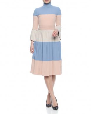 水色/ピンクベージュ/クリーム  dressを見る