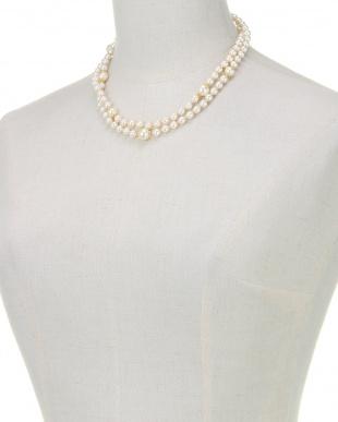 ホワイト/ゴールド 貝パールホワイト・クリームミックス ロングネックレスを見る