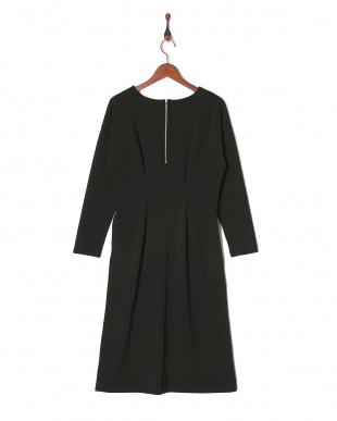ブラック ツイルウエストタックドレスを見る