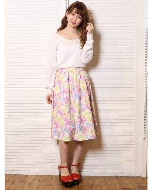 ピンク 水彩フラワーミディスカート dazzlinを見る