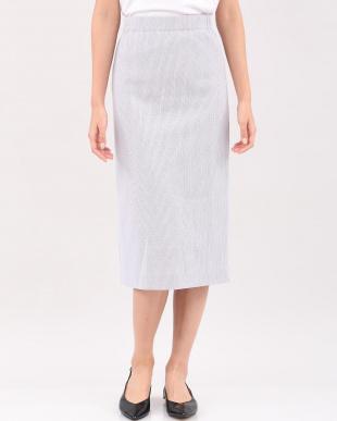 グレー1 ラッセルタイトスカート INEDを見る