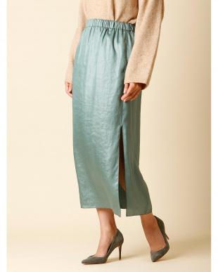 グリーン シャイニースリッドIラインスカート Luftrobeを見る