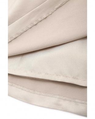 グレージュ ◆[WEB限定商品]ディアーナサテンスカート NATURAL BEAUTYを見る