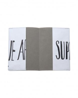 ウィー アー スーパー パスポートケース/アイ・ライク・ペーパーを見る