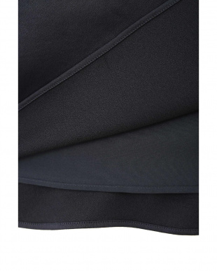 MIDNIGHT |美人百花9月号掲載|サリーサテンギャザースカート ジルスチュアートライセンスを見る