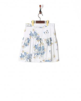 シロ*ブルー  スカートを見る
