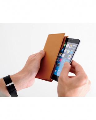 ネイビー iPhone8・7・6s・6用スマートフォンケース・トレス/デジタルアクセサリー・ウ゛ェレセラを見る