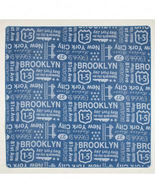 ブルー ブルックリン コットンジャガードラグ 185×185cmを見る