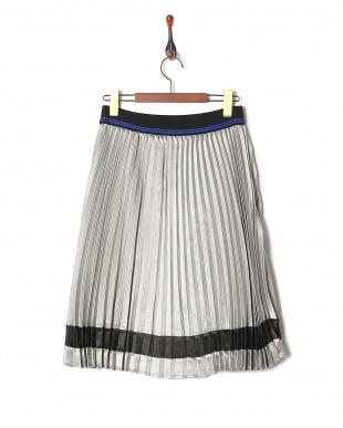 シルバー  スカートを見る