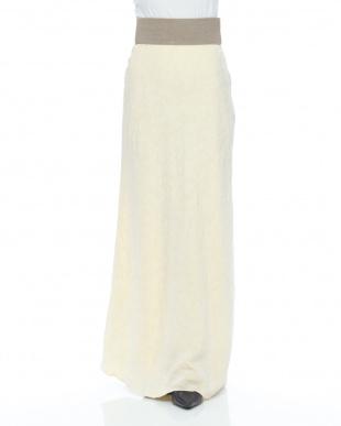 off white スカートを見る