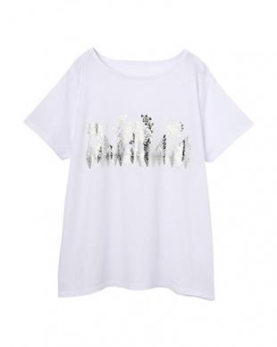 ホワイト×シルバー ボタニカル箔プリントTシャツを見る