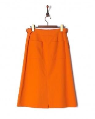 オレンジ  スカートを見る