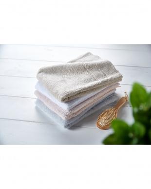 ホワイト 細番手高級糸「コーマ綿」 バスタオル 3枚セットを見る