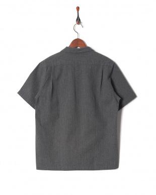 c.gray シャツ・ブラウスを見る
